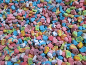 TOTES OF LUCKY CHARM MARSHMALLOWS